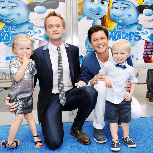 Neil-Patrick-Harris-and-David-Burtka-with-twins-Harper-Grace-Burtka-Harris-left-and-Gideon-Scott-Burtka-Harris-right-pose-at-the-premiere-of-Smurfs-2-at-Regency-Village-Theatre-on-July-28-2013-in-Westwood-Califor