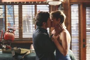Revenge - Jack kisses Margot