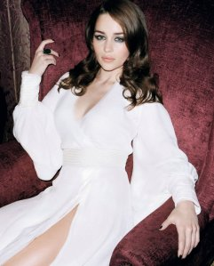 Emilia-Clarke-image-emilia-clarke-36404633-1236-1530