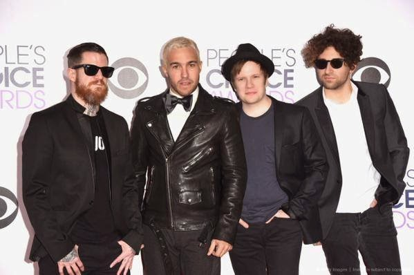 Fall Out Boy no People's Choice Awards 2015 (1)