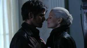 once-upon-a-time-hook-emma-hades